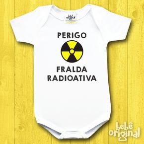 Body-de-Bebe-perigo-fralda-radioativa-Manga-Curta