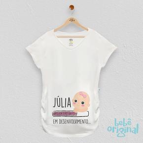 mockup-camiseta-bebe-em-desenvolvimento-menina-com-nome