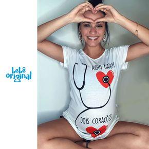 camiseta-de-gravida-aqui-batem-2-coracoes-H